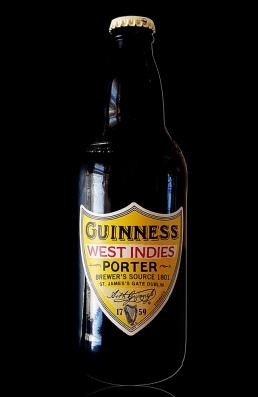 Guinness West Indies Porter flasche