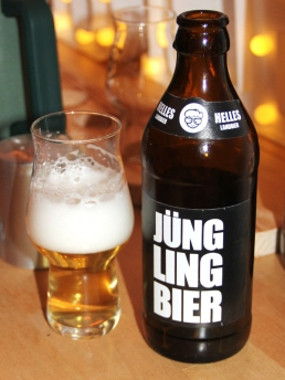 Helles Lager Flasche